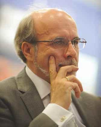 Profesor Wiesław L. Nowiński